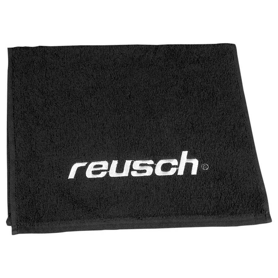 goalkeeper-towel-match