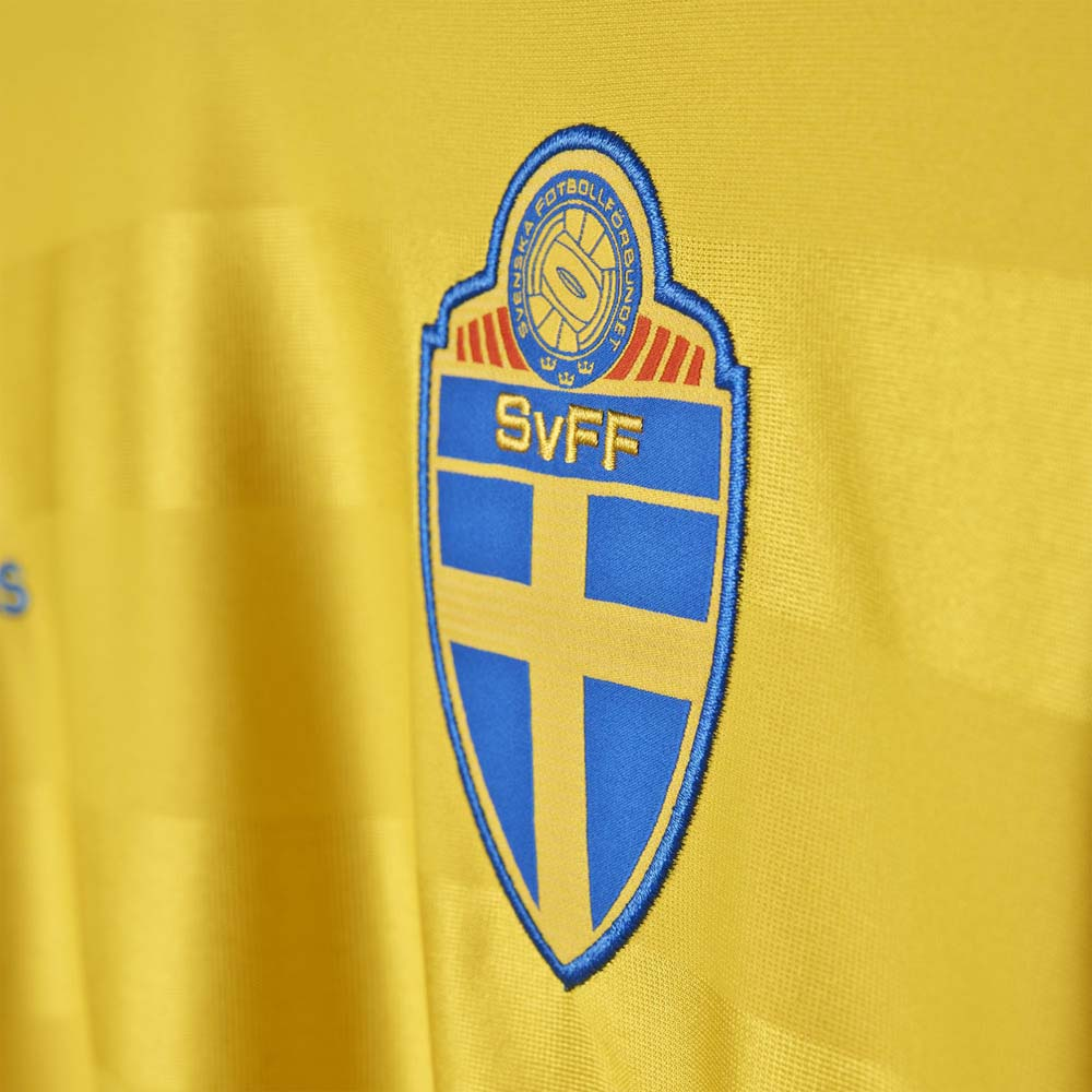 adidas T Shirt Sweden buy and offers on Goalinn