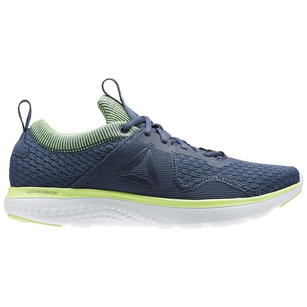 ce5702152731ed Reebok Astroride Run Fire buy and offers on Goalinn