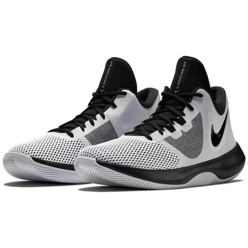 Esteja pronto para o jogo com o Nike Precision III, o tênis