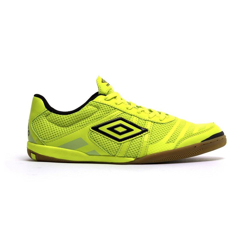 umbro indoor soccer shoes