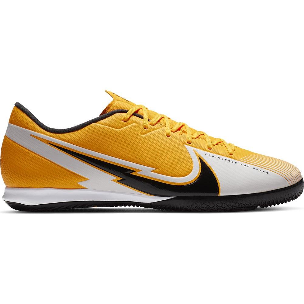 Nike Mercurial Vapor XIII Academy IC Indoor Football Shoes