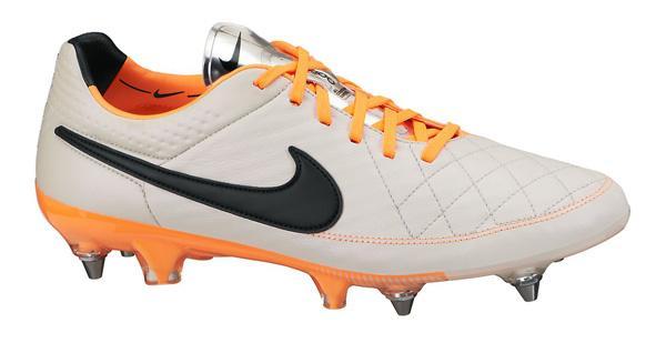 Nike Tiempo Legend V Orange Sg Pro Desierto Arena  Negro  Atomic Orange V Goalinn b362dd